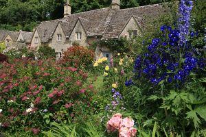 Cotswold Cottage Garden